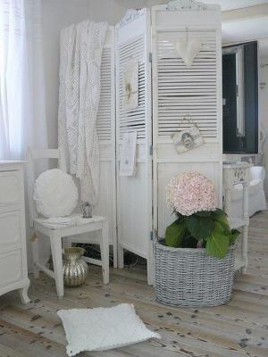 faites sabler er r nover vos volets bois par custo 39 meubles. Black Bedroom Furniture Sets. Home Design Ideas